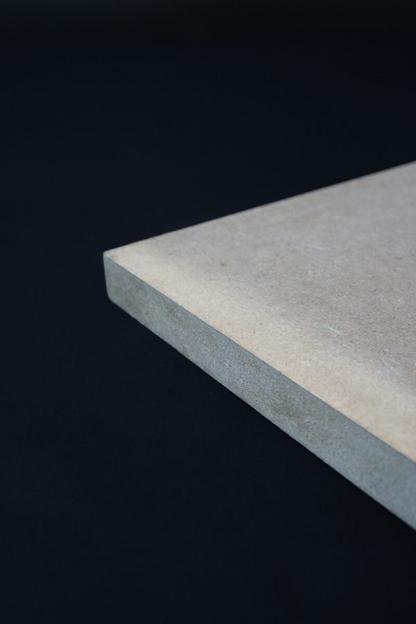 Groot formaat hout bedrukken en contoursnijden