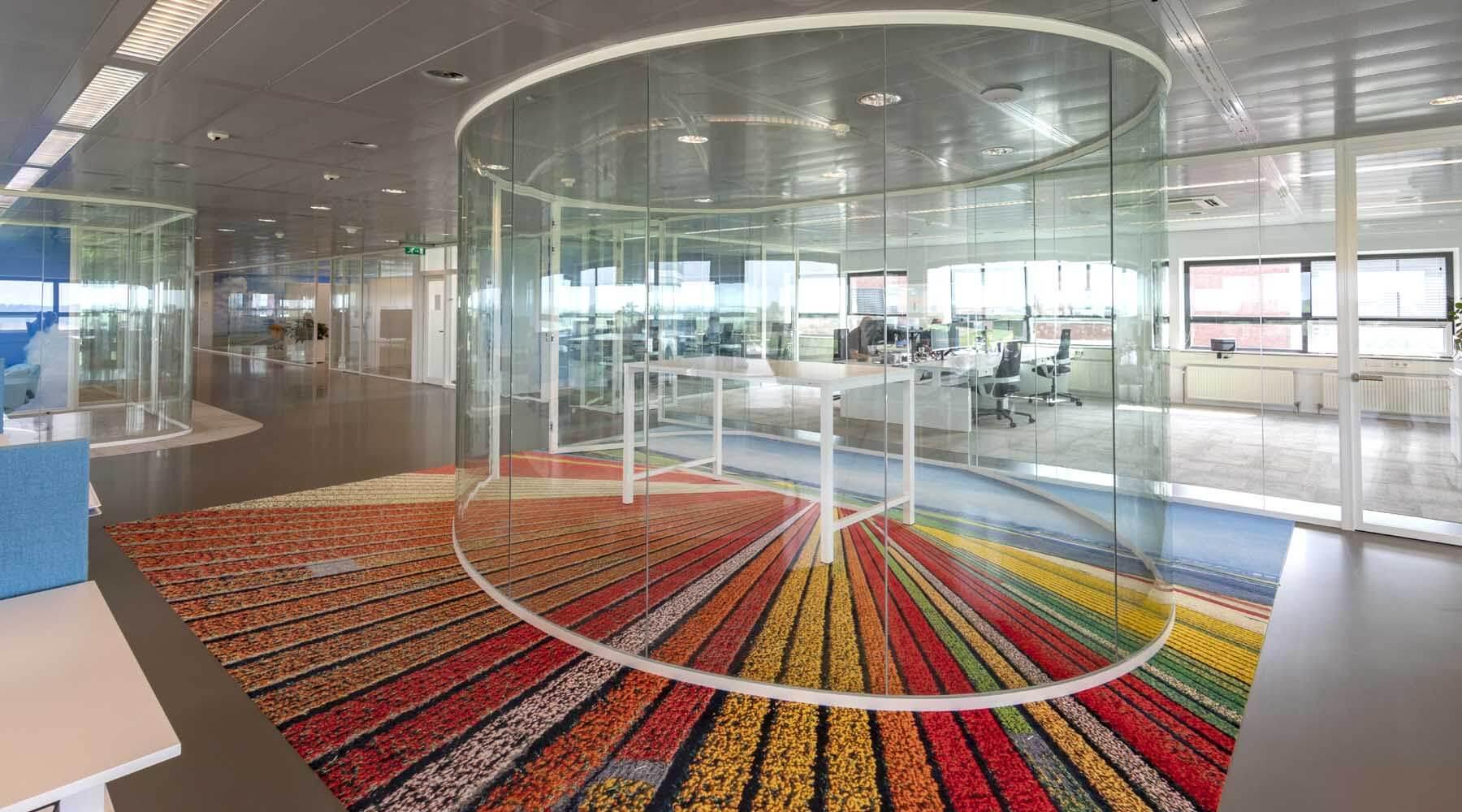 bedrukt tapijt grootformaat vloersticker